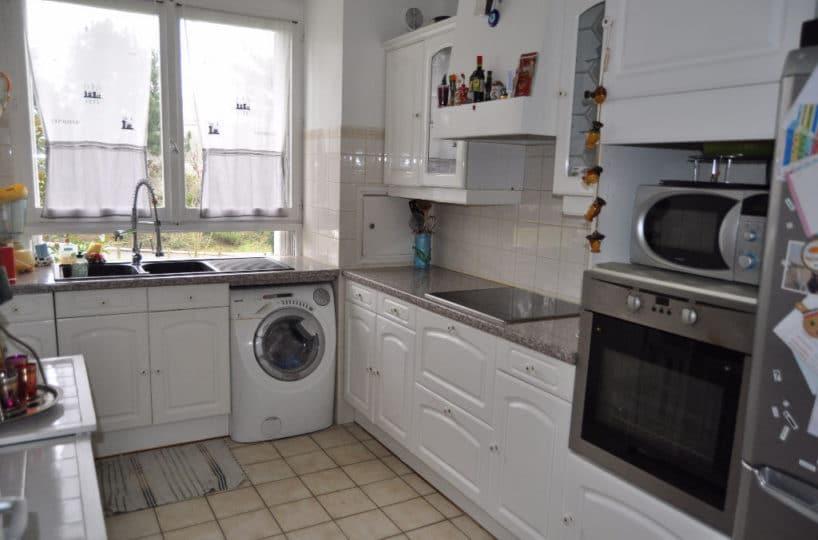 agences immobilières maisons alfort: 3 pièces 60 m², cuisine aménagée indépendante