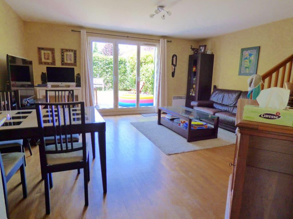 l'adresse alfortville: maison 5 pièces 78 m², beau séjour lumineux avec terrasse
