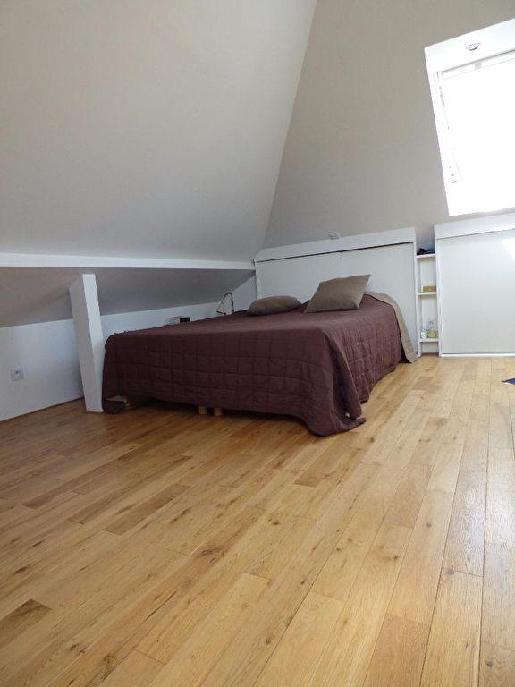 l adresse alfortville: maison 5 pièces 78 m², chambre mansardée, parquet au sol