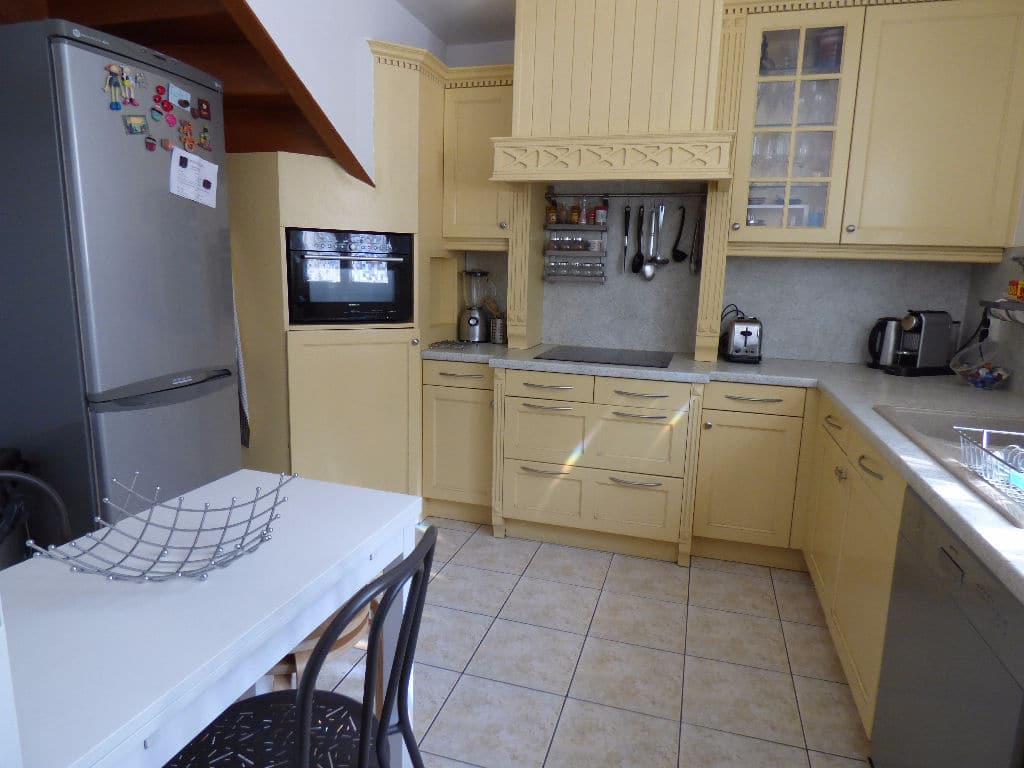 agence immobilière 94: maison 5 pièces 78 m², cuisine aménagée, rangements