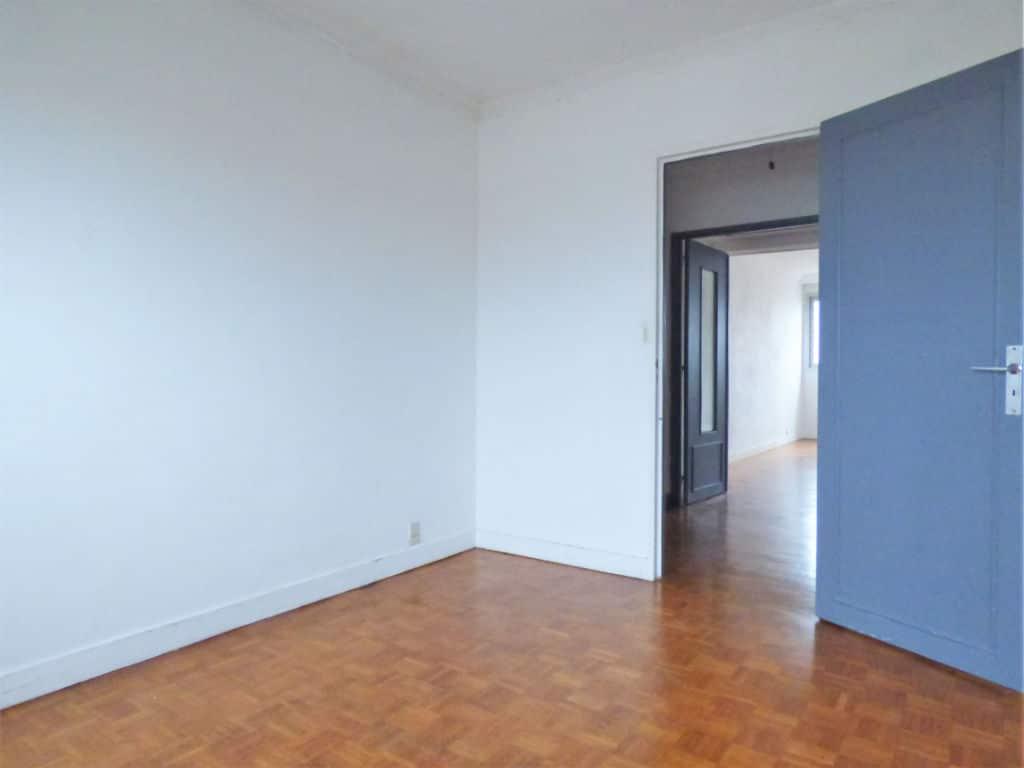 se loger maisons alfort: appartement 3 pièces 59 m², 2° chambre à coucher lumineuse