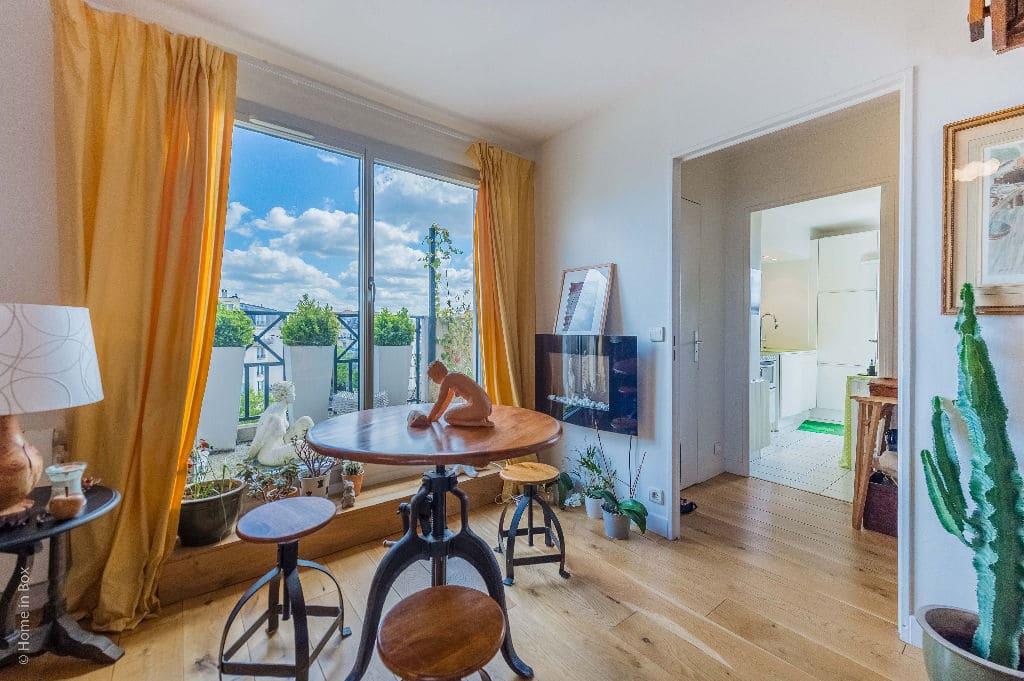 achat appartement charenton le pont: 3 pièces, double séjour, terrasse vue tout paris