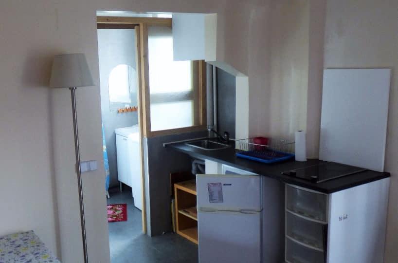 vente appartement 2 pieces alfortville: 2 pièces 29 m², cuisine avec plaques de cuisson