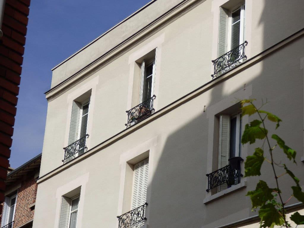 agence immobilière maisons-alfort: 3 pièces 68 m², immeuble 1930 parfaitement entretenu
