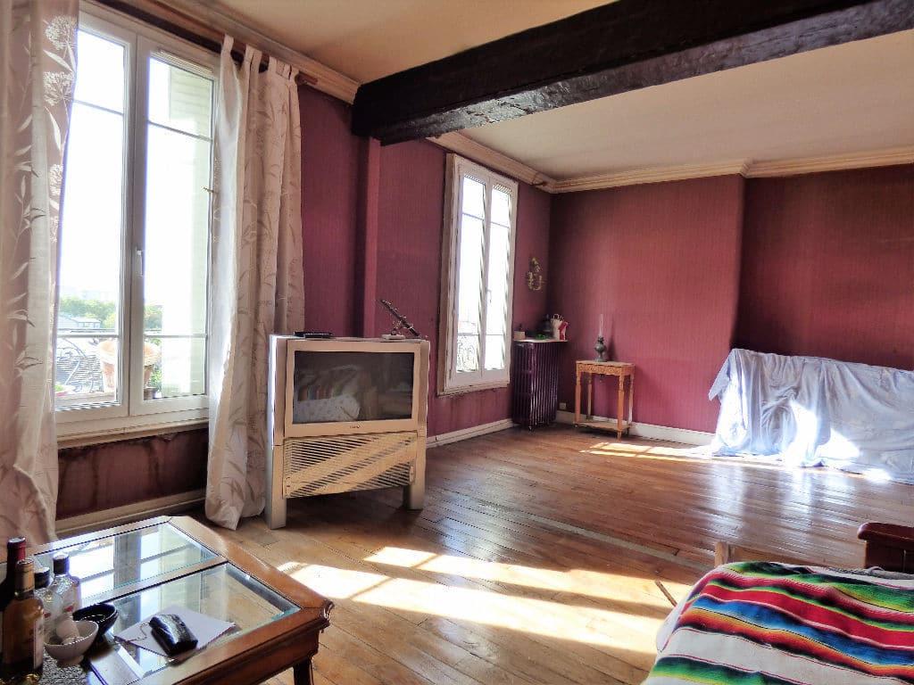 immo maisons alfort: 3 pièces 68 m², double séjour , poutre apparente, parquet au sol