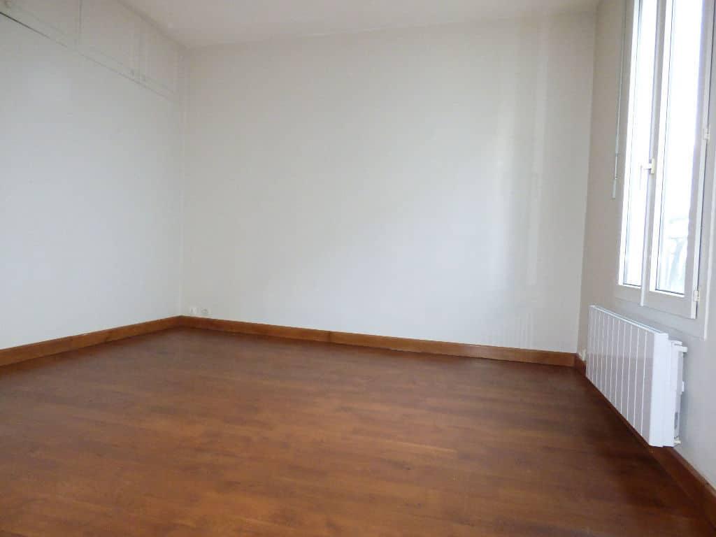 appartement a vendre alfortville: 3 pièces 50 m², 2° chambre à coucher, rangements