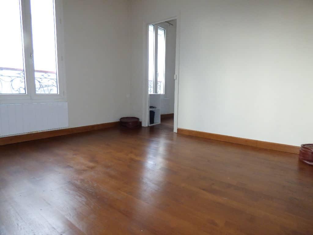estimation appartement prix: 3 pièces 50 m², 2° chambre à coucher lumineuse