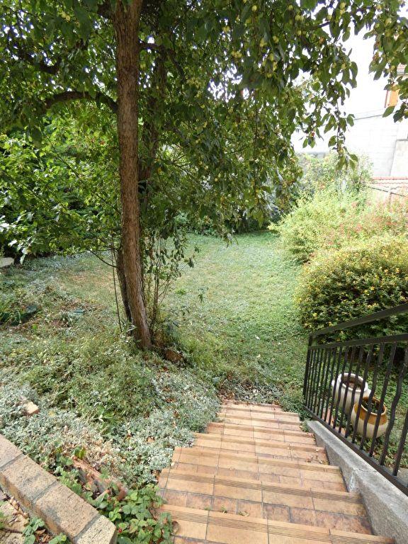 pavillon a vendre alfortville: 7 pièces 170 m², séjour donnant sur jardin 300 m²