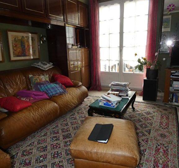 maison a vendre a alfortville: 7 pièces 170 m², pièce à vivre avec coin salon