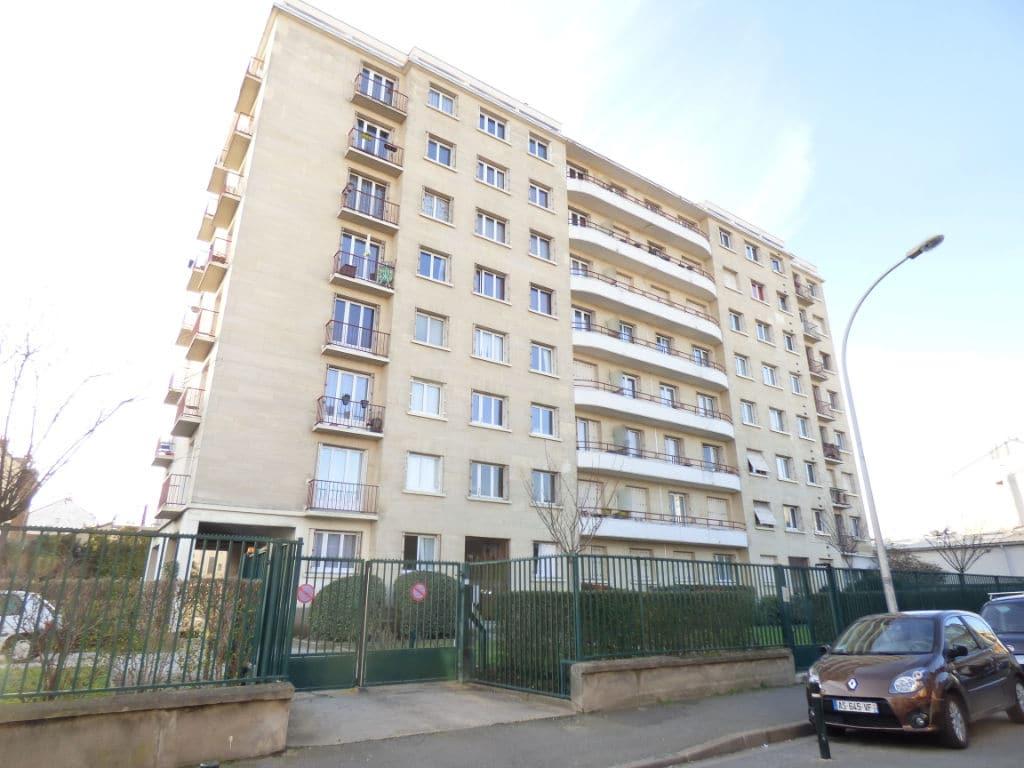 estimation appartement alfortville: 3 pièces 74 m², dernier étage, résidence fermée