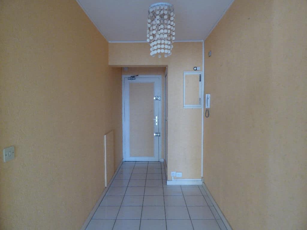 agence immobilière 94: 3 pièces 67 m², belle entrée dégagée, charenton-le-pont