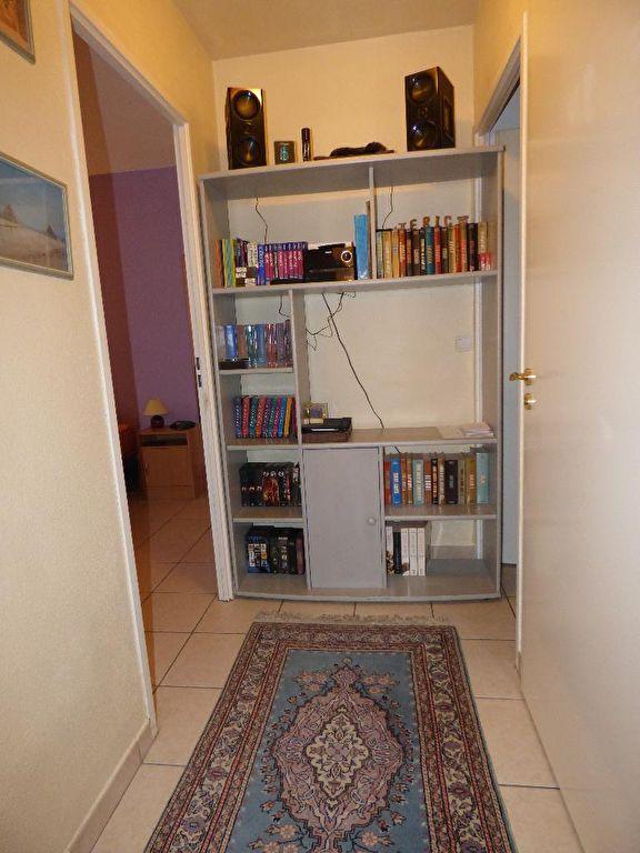 alfortville immobilier: 2 pièces 45 m², couloir menant à la chambre