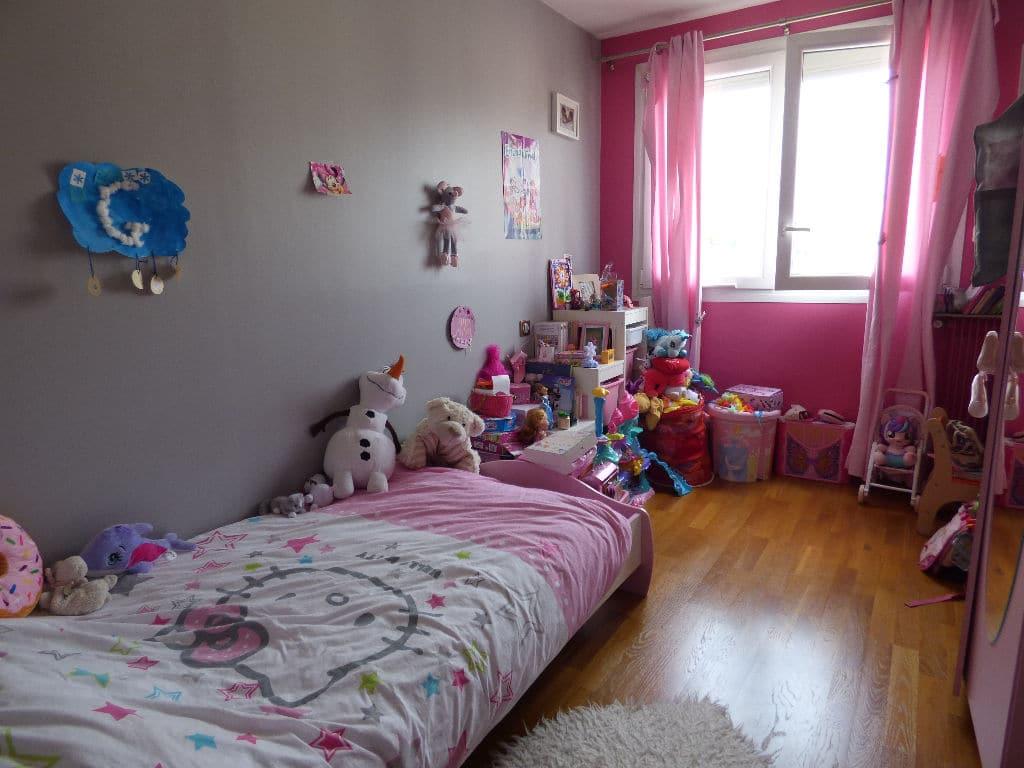 appartement à vendre à charenton le pont: 4 pièces 72 m², chambre à coucher pour enfant