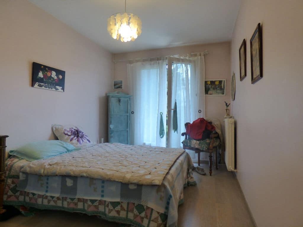 faire estimer appartement alfortville: 2 pièces 49 m², chambre à coucher, lit double