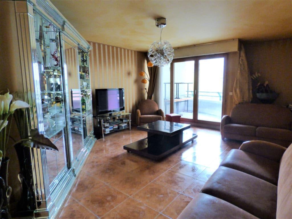 vendre appartement charenton: 4 pièces, salon de 24 m² avec terrasse de 4 m²