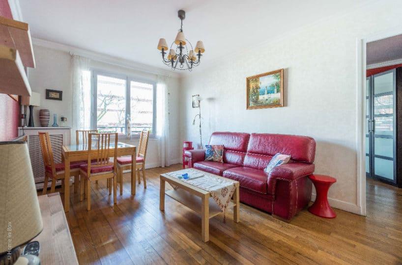 appartement à vendre à charenton le pont:  2 pièces 49 m², séjour avec parquet massif