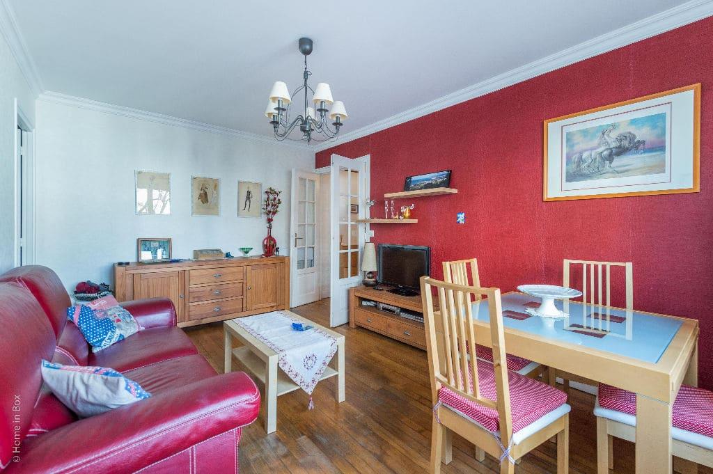 estimation appartement charenton: 2 pièces, séjour, sol parquet massif
