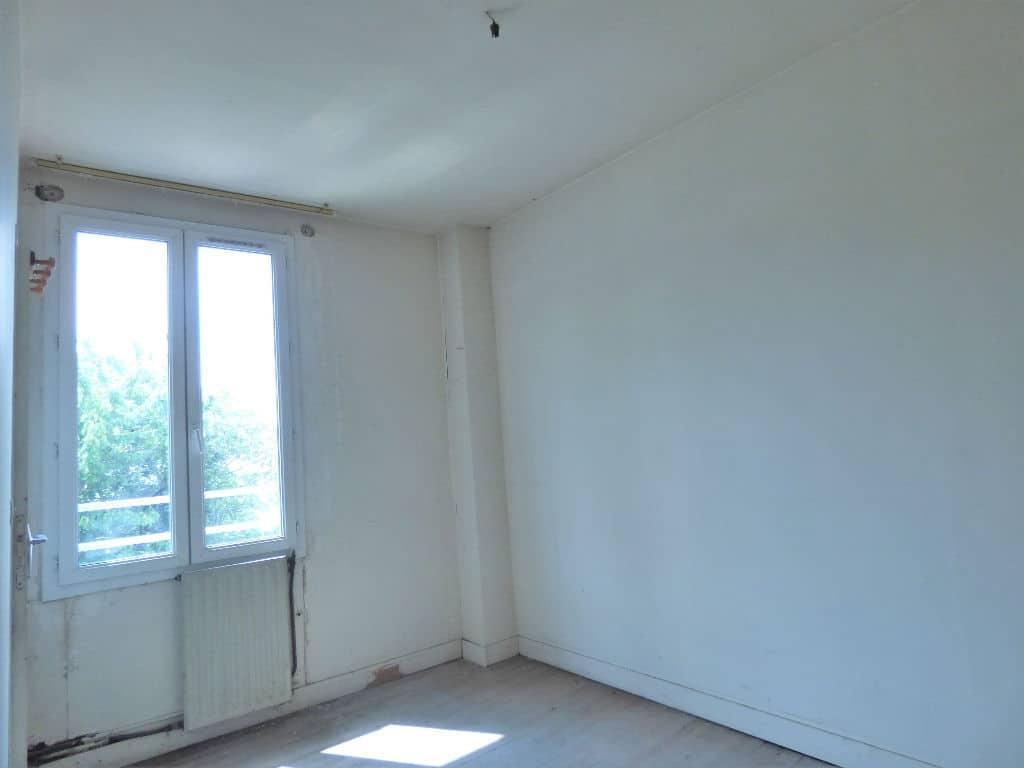 achat maison alfortville: 6 pièces 85 m², première chambre avec travaux à prévoir
