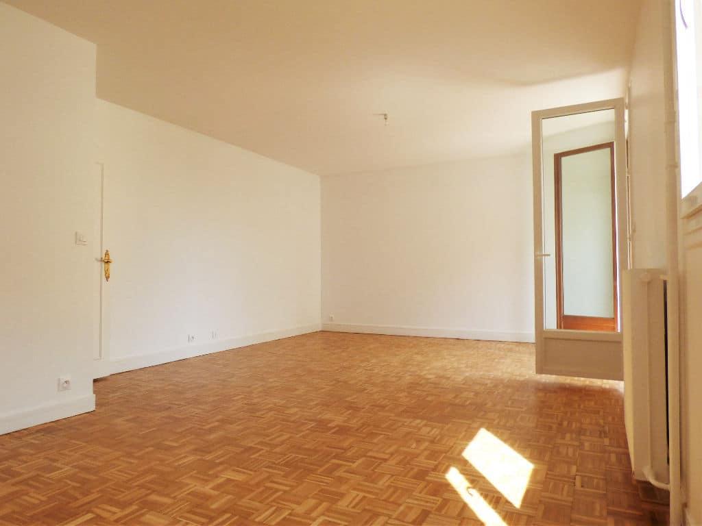 faire estimer appartement alfortville: 3 pièces 68 m², possibilité d'une troisième chambre