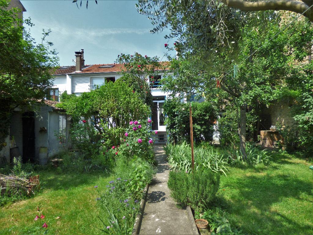 estimation maison maisons-alfort: 6 pièces 130 m², jardin arboré de 390 m²