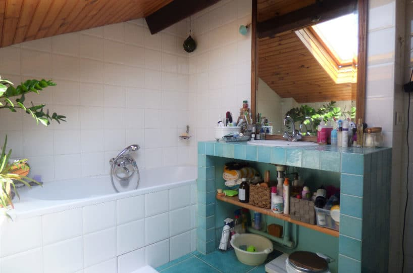 vendre maison maisons-alfort: 6 pièces 130 m², salle de bain mansardée avec baignoire