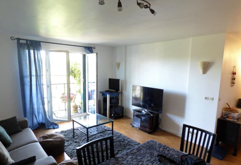 estimer appartement alfortville: 3 pièces 56 m², salon / séjour lumineux accès balcon