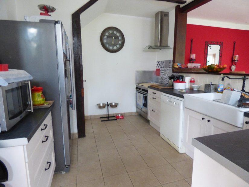 agences immobilières maisons alfort: maison 4 pièces, cuisine ouverte équipée et aménagée