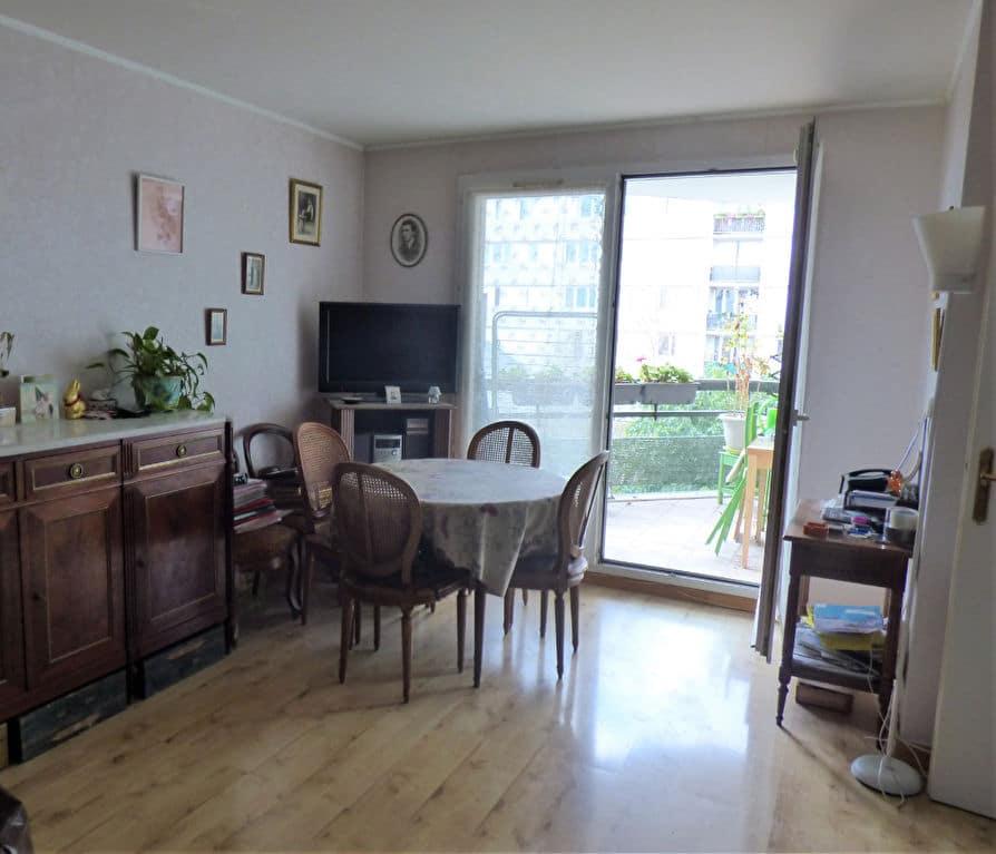 estimer appartement alfortville: 3 pièces 63 m², salon / séjour avec accès terrasse