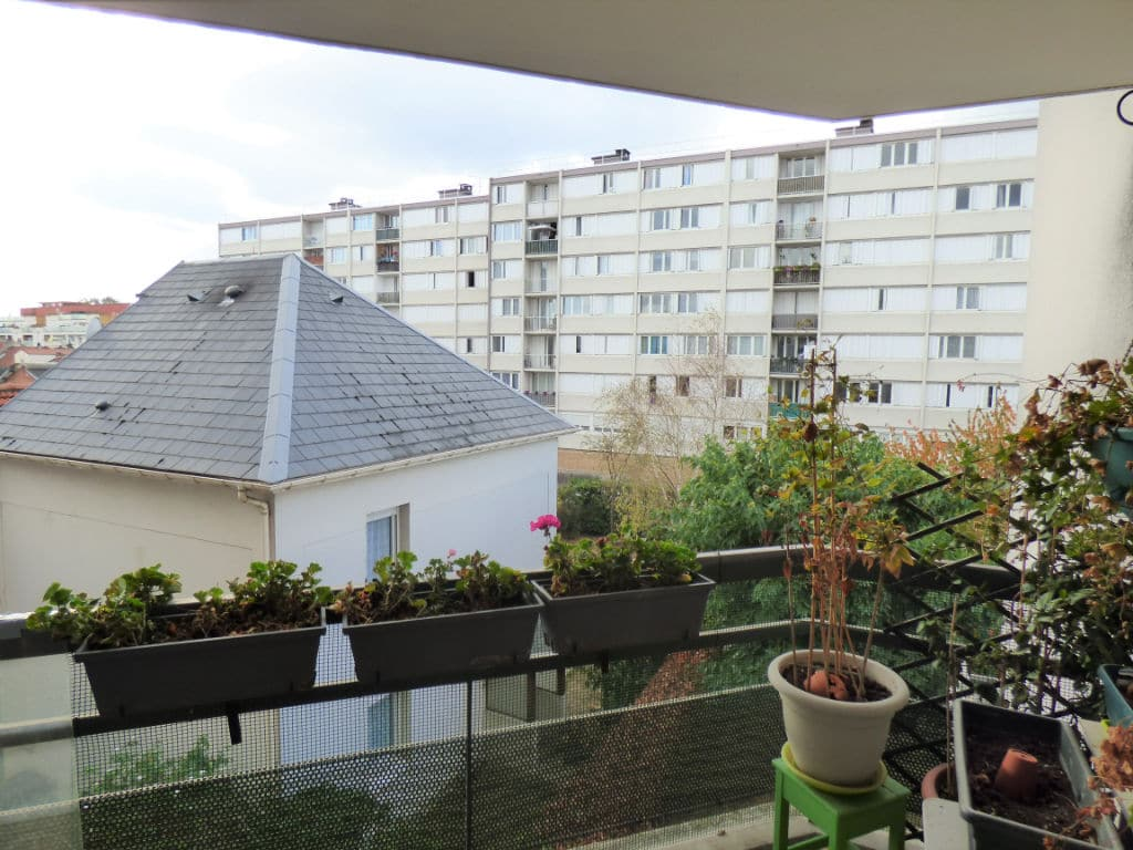 achat appartement alfortville: 3 pièces 63 m², vue dégagée depuis la terrasse accès salon