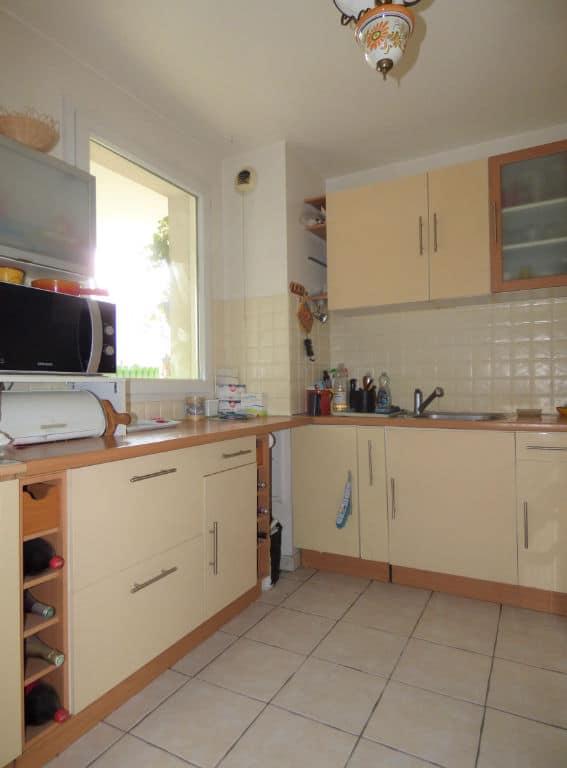 faire estimer appartement alfortville: 3 pièces 63 m², cuisine indépendante aménagée