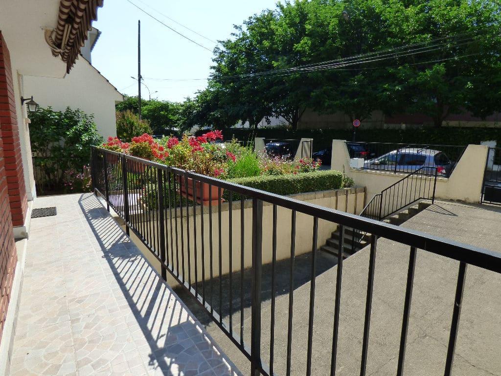 vendre maison alfortville: 7 pièces 95 m², terrasse donnant sur cour