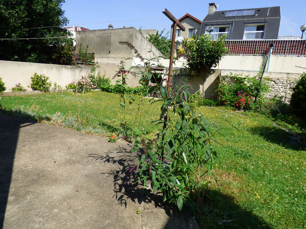 maison a vendre a alfortville: 7 pièces 95 m², terrasse, jardin, barbecue