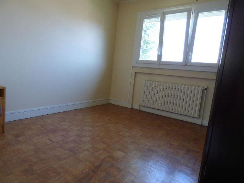 maisons alfortville: 7 pièces 95 m², chambre à coucher lumineuse, fenêtre pvc