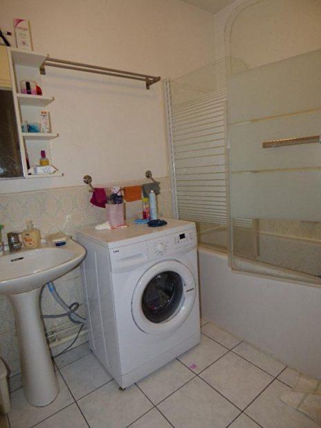 vendre appartement alfortville: 2 pièces 45 m², salle de bain avec baignoire et wc