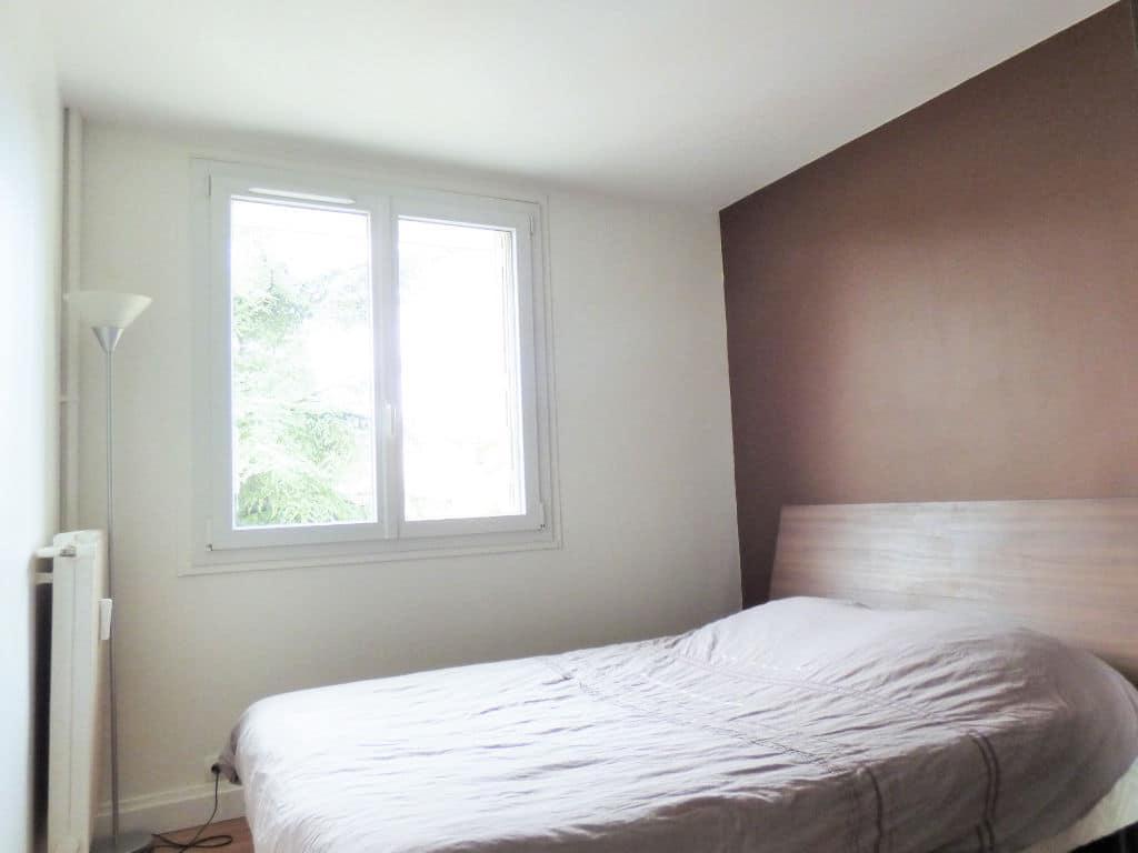 estimer appartement alfortville: 2 pièces 46 m², chambre double lumineuse et au calme