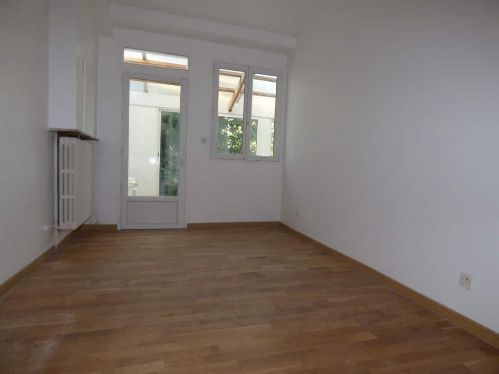 syndic alfortville: 5 pièces 126 m², cinquième chambre accès véranda