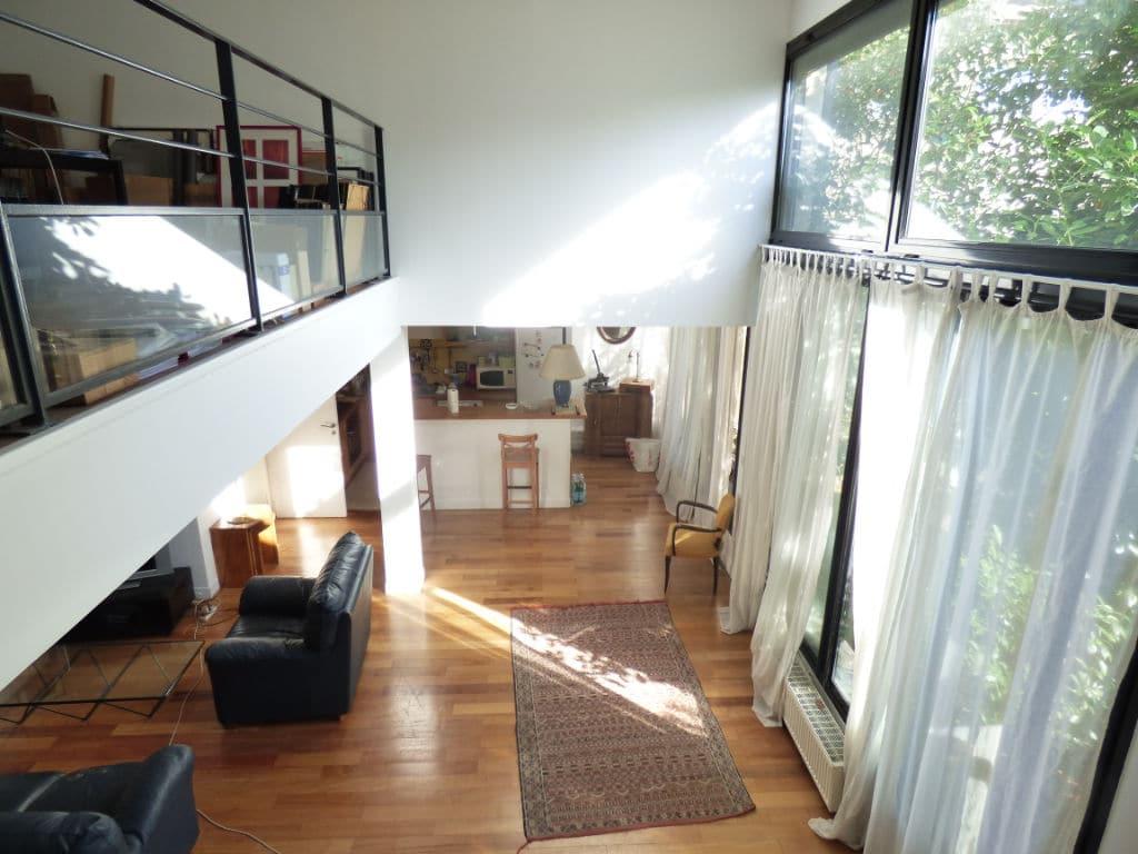 maison alfortville: 5 pièces 154 m², grand loft avec pièce à vivre / cuisine aménagée et mezzanine