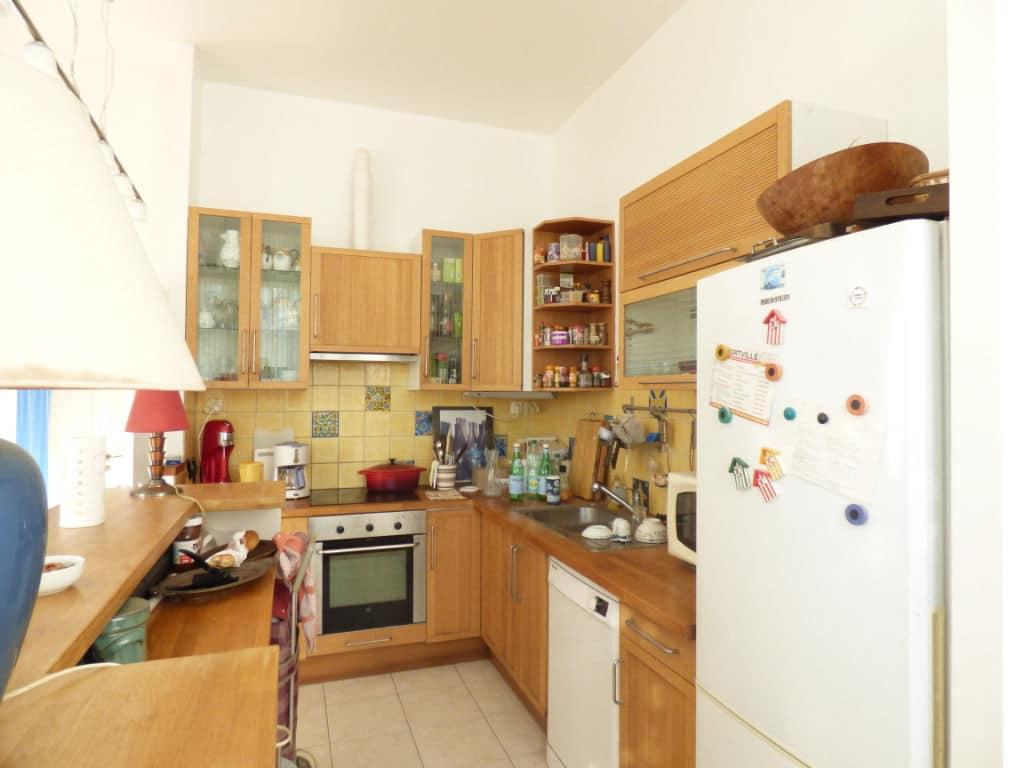 maison a vendre alfortville: 5 pièces 154 m², cuisine équipée avec rangements