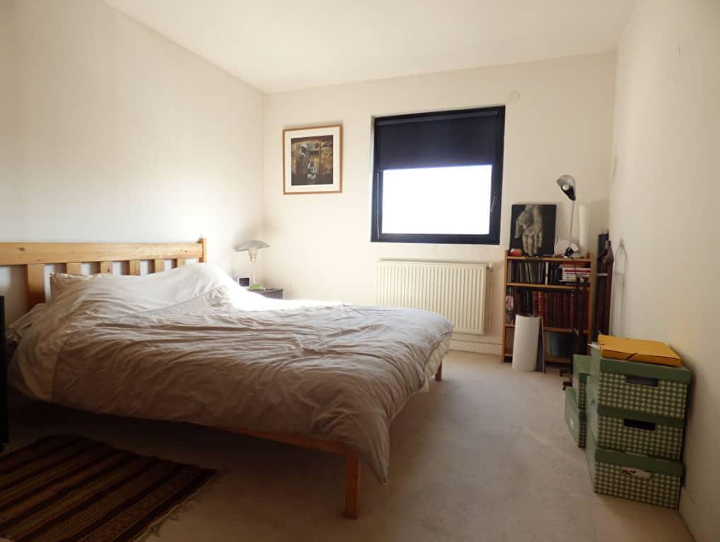 vente pavillon alfortville: 5 pièces 154 m², première chambre double lumineuse