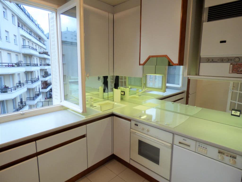 estimer appartement alfortville: 3 pièces 55 m², cuisine indépendante aménagée et équipée