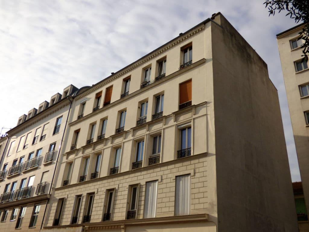 estimation appartement charenton: 2 pièces 45 m² secteur calme avec 2 caves en sous-sol