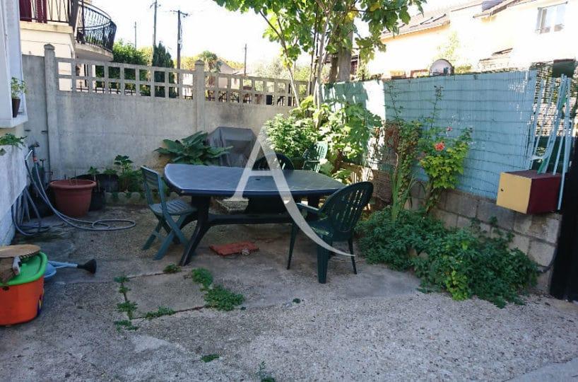 vente maison à alfortville - 3 pièces 72 m², jolie petite cour extérieur de 20 m²