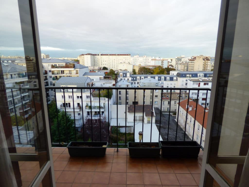 estimation appartement charenton: 3 pièces 64 m², dernier étage avec ascenseur, vue dégagée