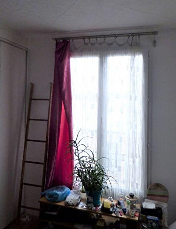 vente appartement alfortville: 18 m², pièce à vivre avec armoire / penderie