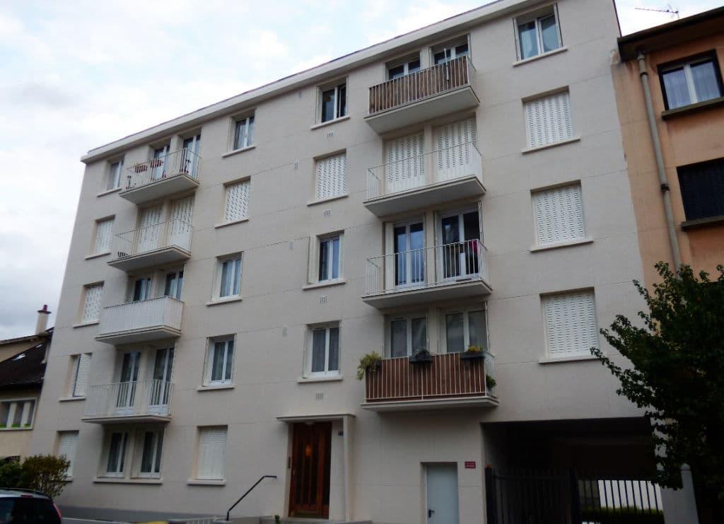 estimation appartement alfortville: 2 pièces 42 m², secteur rue volta avec caves et parking