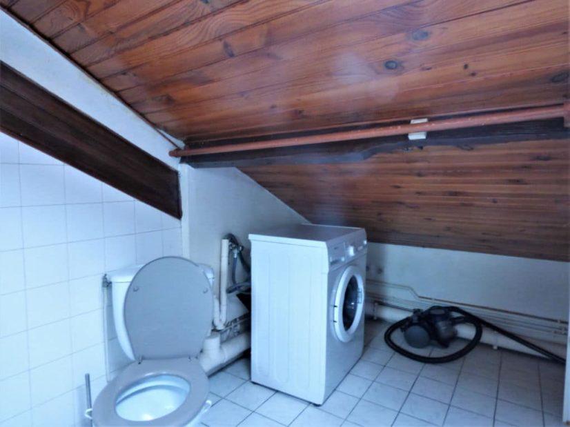 vente studio à maisons-alfort: studio, salle de bain avec alimentation pour lave linge