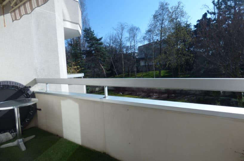 agence immo maisons-alfort: 4 pièces 85 m², aperçu du balcon vue dégagée