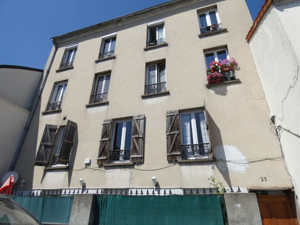 estimation appartement alfortville: 2 pièces 29 m², 1° étage / 2 sur cour avec digicode, secteur mairie