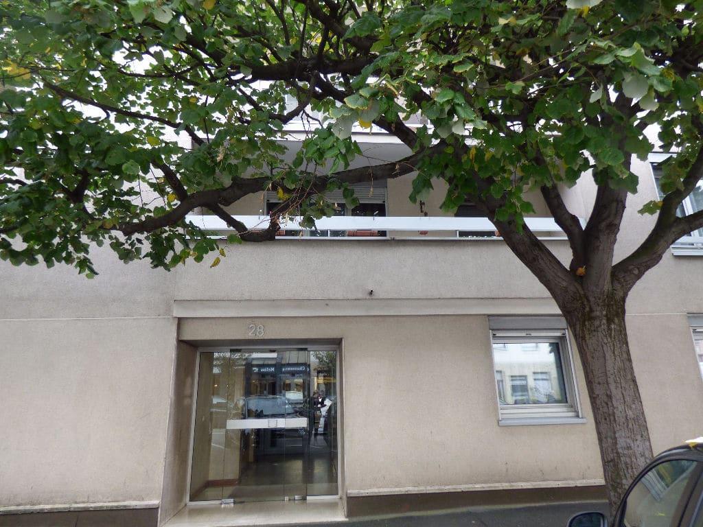 estimation appartement maisons-alfort: 3 pièces 69 m² avec balcon, 2° étage/5, ascenseur, gardien