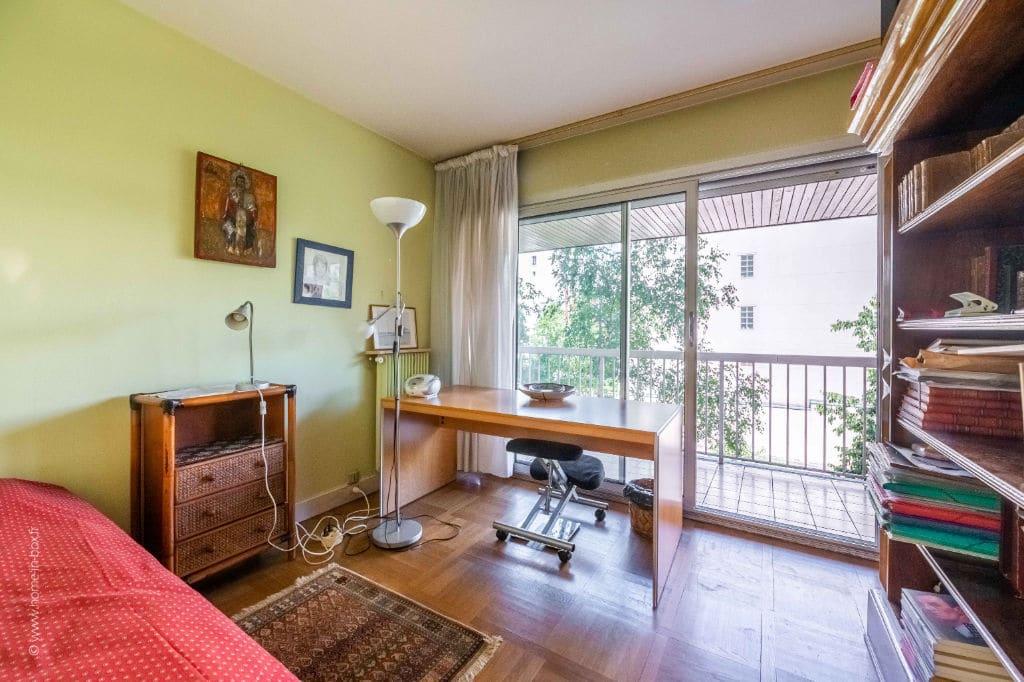 appartement à vendre à charenton-le-pont: 5 pièces 100 m², première chambre avec accès terrasse